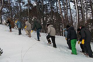 SNOWSHOE TREKKING + HOT SPRINGS TOUR IN YAMAGATA 2017